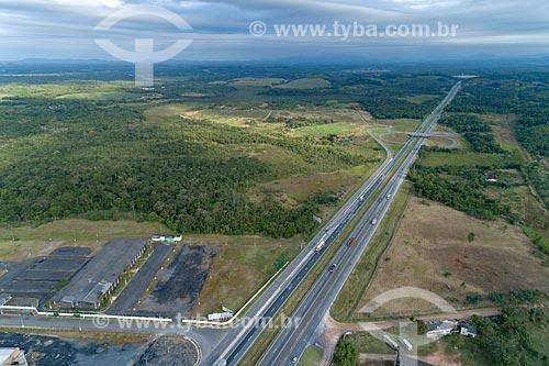 Vista aérea da Rodovia BR-116  - Registro - São Paulo (SP) - Brasil