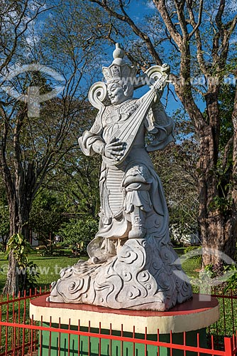 Detalhe de estátua no Centro Budista Chen Tien  - Foz do Iguaçu - Paraná (PR) - Brasil