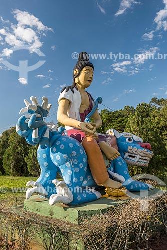 Buda Manjushri - representa a sabedoria de Buda - sentando em um dragão no Centro Budista Chen Tien  - Foz do Iguaçu - Paraná (PR) - Brasil
