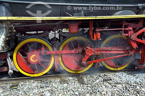 Detalhe de locomotiva da Maria Fumaça 156 - que faz o passeio turístico entre as cidades de Bento Gonçalves, Garibaldi e Carlos Barbosa  - Carlos Barbosa - Rio Grande do Sul (RS) - Brasil