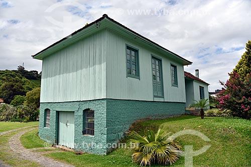 Casa de arquitetura típica de pedra e madeira na Serra Gaúcha  - Bento Gonçalves - Rio Grande do Sul (RS) - Brasil