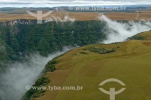 Foto aérea do Cânion Montenegro  - São José dos Ausentes - Rio Grande do Sul (RS) - Brasil