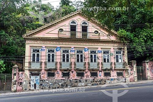 Fachada do Solar dos Abacaxis (1843) abandonado  - Rio de Janeiro - Rio de Janeiro (RJ) - Brasil