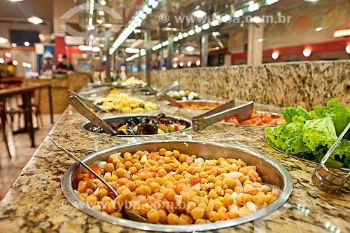 Detalhe de buffet de restaurante  - Porto Alegre - Rio Grande do Sul (RS) - Brasil
