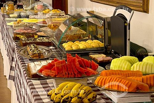 Mesa posta para café da manhã em hotel  - Canela - Rio Grande do Sul (RS) - Brasil