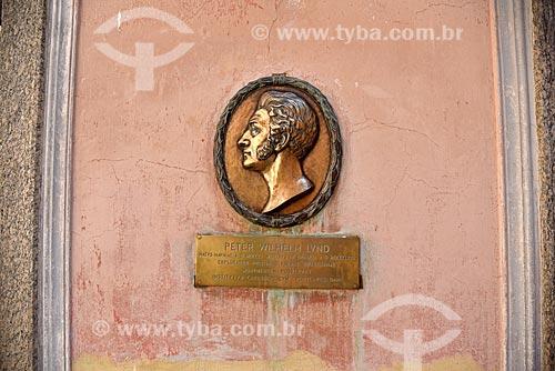 Placa com o perfil do cientista Peter Wilhelm Lund no Museu Nacional - antigo Paço de São Cristóvão  - Rio de Janeiro - Rio de Janeiro (RJ) - Brasil