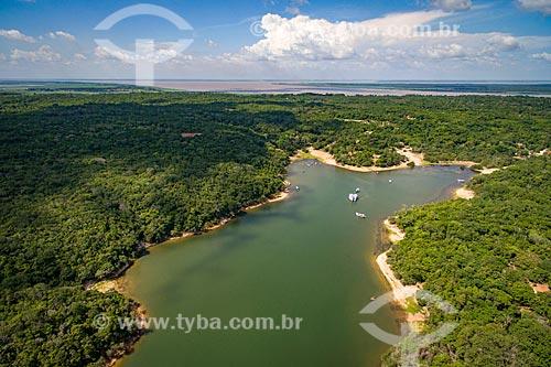 Foto aérea do Rio Arapiuns com o Rio Amazonas  - Santarém - Pará (PA) - Brasil