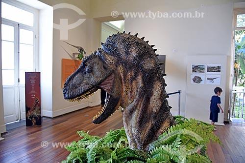 Réplica de dinossauro em exibição no Museu Nacional - antigo Paço de São Cristóvão  - Rio de Janeiro - Rio de Janeiro (RJ) - Brasil