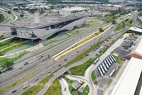 Foto aérea da Cidade das Artes - antiga Cidade da Música - com o Terminal Alvorada à direita  - Rio de Janeiro - Rio de Janeiro (RJ) - Brasil