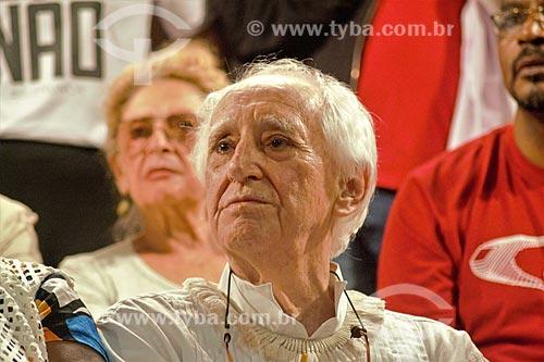 Zé Celso durante comício da campanha de Fernando Haddad à presidência pelo Partido dos Trabalhadores (PT) na Cinelândia  - Rio de Janeiro - Rio de Janeiro (RJ) - Brasil