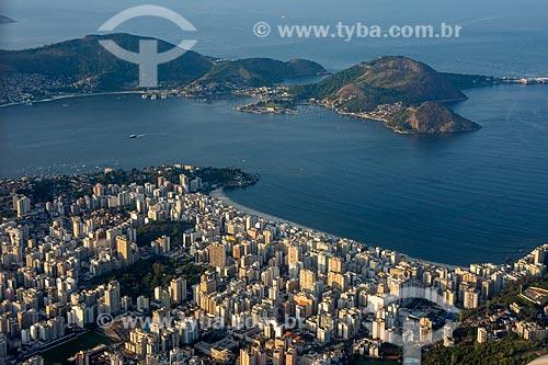 Foto aérea de prédios na Praia de Icaraí  - Niterói - Rio de Janeiro (RJ) - Brasil