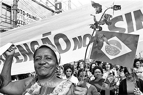 Passeata das mulheres dos metalúrgicos em greve durante intervenção militar no Sindicato dos Metalúrgicos  - São Bernardo do Campo - São Paulo (SP) - Brasil
