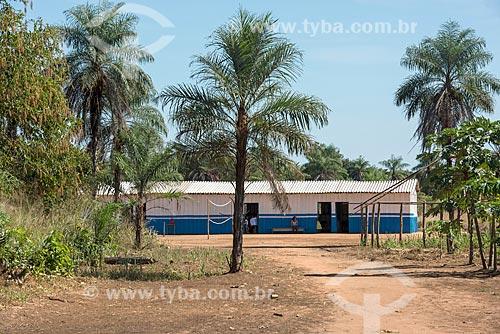 Fachada de escola na aldeia Aiha da tribo Kalapalo - ACRÉSCIMO DE 100% SOBRE O VALOR DE TABELA  - Querência - Mato Grosso (MT) - Brasil