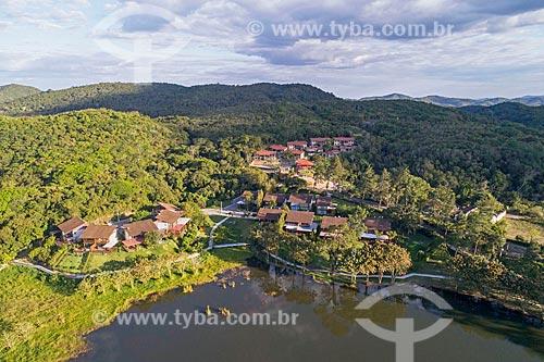 Foto feita com drone de condomínio residencial na Área de Proteção Ambiental da Serra de Baturité  - Guaramiranga - Ceará (CE) - Brasil