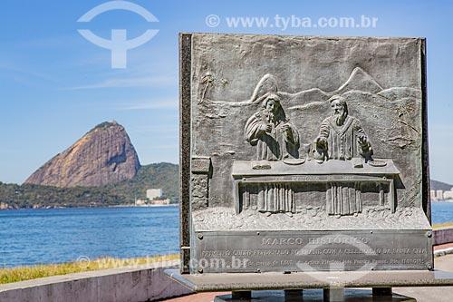 Monumento ao Primeiro Culto Reformado no Brasil com a Celebração da Santa Ceia - 21 de março de 1557 no então Forte Coligny sob ocupação Francesa - hoje abriga a Escola Naval - com o Pão de Açúcar ao fundo  - Rio de Janeiro - Rio de Janeiro (RJ) - Brasil