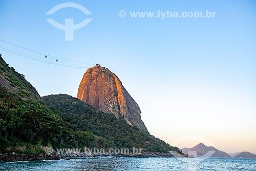 Vista da orla da Praia Vermelha com o Pão de Açúcar  - Rio de Janeiro - Rio de Janeiro (RJ) - Brasil