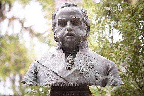 Detalhe do busto de Dom João VI (século XIX) no Jardim Botânico do Rio de Janeiro  - Rio de Janeiro - Rio de Janeiro (RJ) - Brasil
