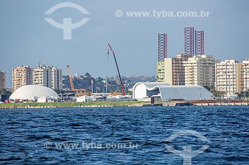 Vista do Caminho Niemeyer (1997) a partir da Baía de Guanabara  - Niterói - Rio de Janeiro (RJ) - Brasil