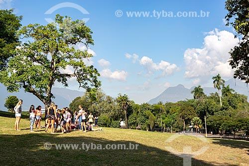 Família fazendo piquenique no Parque da Quinta da Boa Vista  - Rio de Janeiro - Rio de Janeiro (RJ) - Brasil