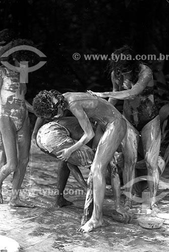 Performance artística no Parque Henrique Lage - mais conhecido como Parque Lage - década de 80  - Rio de Janeiro - Rio de Janeiro (RJ) - Brasil