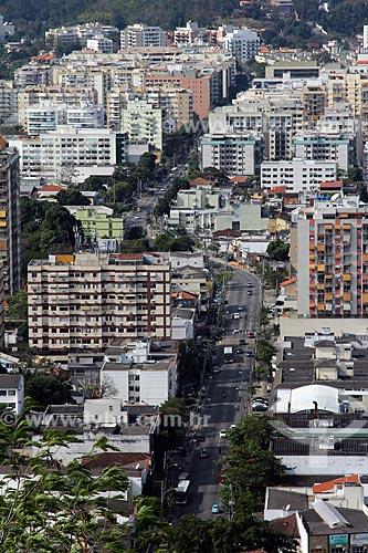Vista do Estrada dos Três Rios a partir do pátio da Igreja de Nossa Senhora da Penna (Século XVIII) no Morro da Penna  - Rio de Janeiro - Rio de Janeiro (RJ) - Brasil