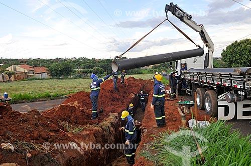 Canteiro de obras de nova adutora para abastecimento de água do Serviço Municipal Autônomo de Água e Esgoto (SEMAE) - concessionária de serviços de tratamento de água e esgoto  - São José do Rio Preto - São Paulo (SP) - Brasil