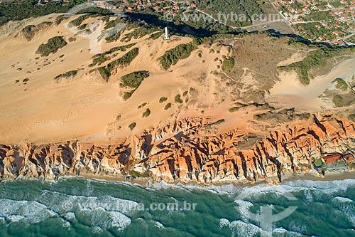 Foto feita com drone do Monumento Natural das Falésias de Beberibe  - Beberibe - Ceará (CE) - Brasil