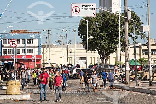 Pedestres na Rua Vinte e Quatro de Maio  - Fortaleza - Ceará (CE) - Brasil