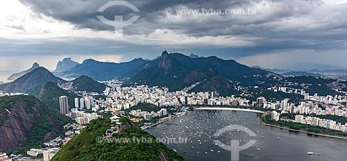 Vista da Enseada de Botafogo a partir do mirante do Pão de Açúcar com o Cristo Redentor ao fundo  - Rio de Janeiro - Rio de Janeiro (RJ) - Brasil