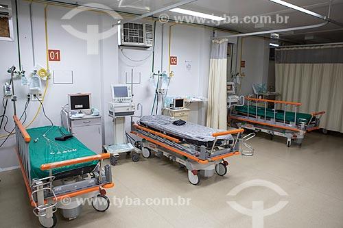 Interior da sala vermelha (terapia intensiva) da Unidade de Pronto Atendimento de Inoã (UPA)  - Maricá - Rio de Janeiro (RJ) - Brasil