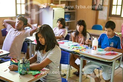 Alunos indígenas na Escola Municipal Indígena Bilíngue Guarani Kyringue Aranduá (Português - Guarani)  - Maricá - Rio de Janeiro (RJ) - Brasil