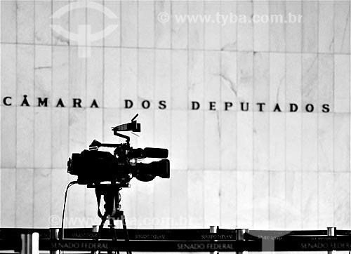 Câmera de vídeo em frente à Câmara dos Deputados durante a cerimônia de posse presidencial de Jair Bolsonaro  - Brasília - Distrito Federal (DF) - Brasil