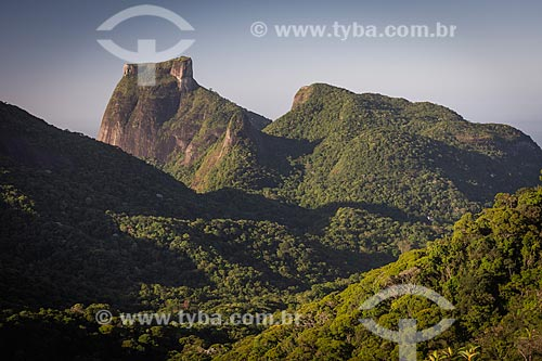 Vista da Pedra da Gávea a partir da Pedra da Proa durante o amanhecer  - Rio de Janeiro - Rio de Janeiro (RJ) - Brasil