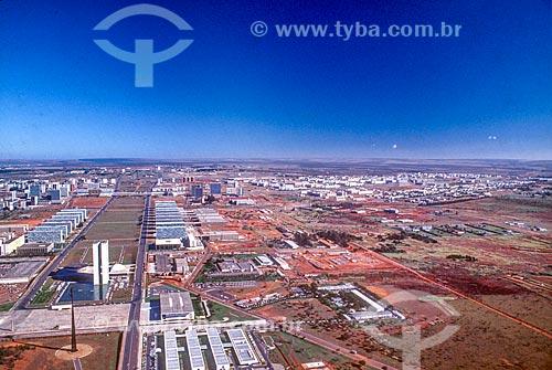 Foto aérea do Congresso Nacional durante a construção de Brasília  - Brasília - Distrito Federal (DF) - Brasil