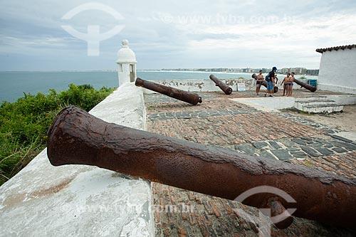 Canhões na Forte de São Matheus (1617)  - Cabo Frio - Rio de Janeiro (RJ) - Brasil