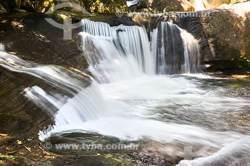 Cachoeira no Rio Pirapetinga - Área de Proteção Ambiental da Serrinha do Alambari  - Resende - Rio de Janeiro (RJ) - Brasil