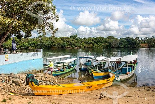Barcos atracados às margens do Rio São Francisco  - Brejo Grande - Sergipe (SE) - Brasil