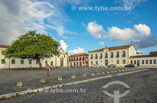 Antiga Igreja e Santa Casa de Misericórdia - atual Lar Irmãs Imaculada Conceição - à esquerda - com o Museu Histórico de Sergipe - à direita  - São Cristóvão - Sergipe (SE) - Brasil