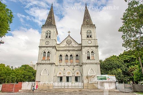 Tapumes na Catedral Metropolitana de Aracaju (1862) durante reforma  - Aracaju - Sergipe (SE) - Brasil